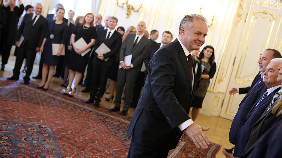 2016 prezident Fichnova3